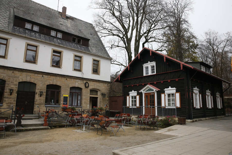 Die Brand-Baude in Hohnstein geht am Freitag wieder vollständig an den Start.