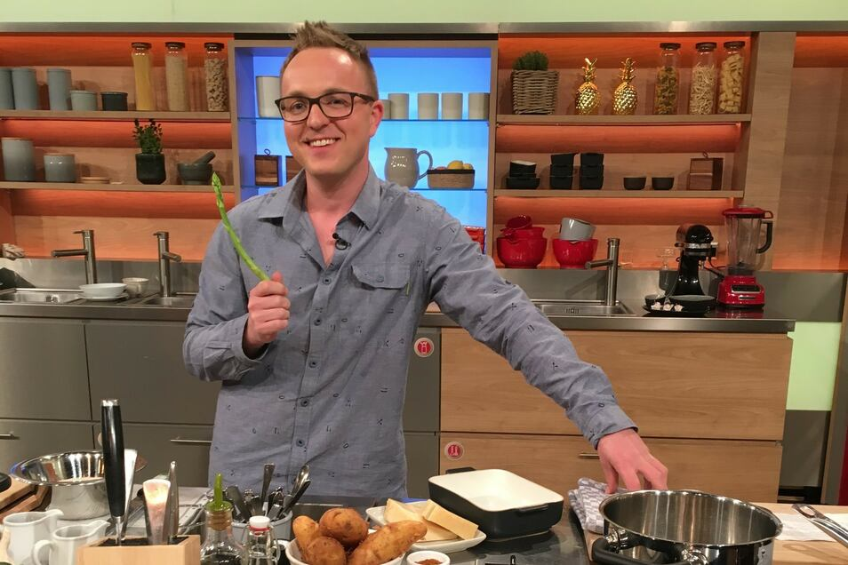 """Robert Semmann vor seiner """"Küchenschlacht"""": Wie er abgeschnitten bzw. gekocht hat, wird erst im Juni im Fernsehen verraten."""