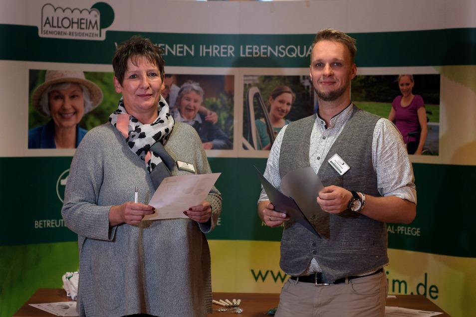 Carola Huth und Nico Schönfelder, Chefs der beiden Waldheimer Allo-Pflegeheime, warben erstmals bei einem Bewerbertag um neue Mitarbeiter.