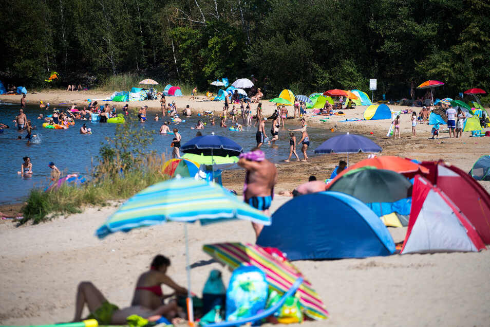 Viele Sachsen fahren zum Schwimmen an den Senftenberger See in Brandenburg. Ein 53-Jähriger kam dabei ums Leben.