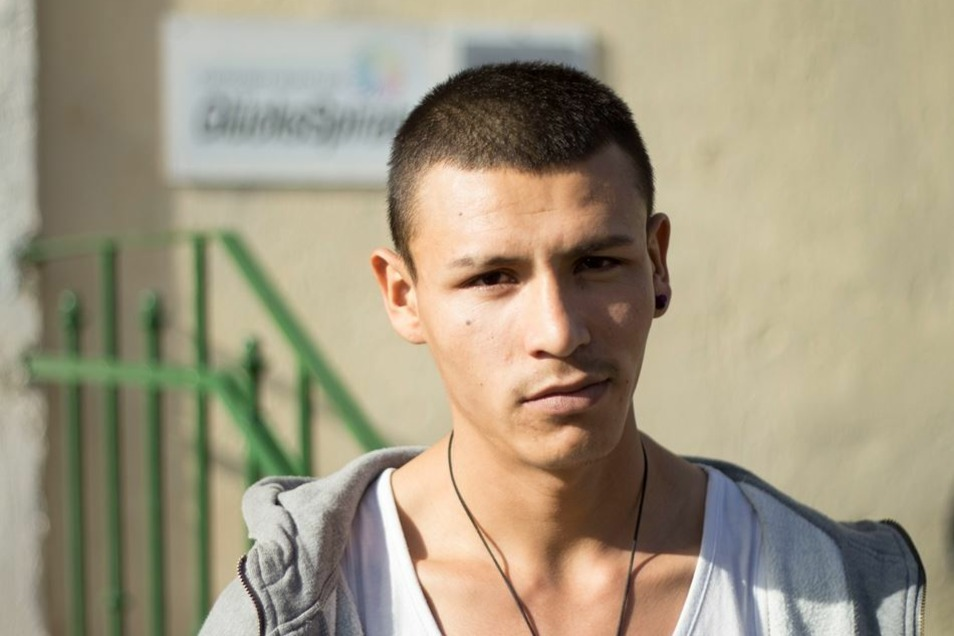 Auch der 19-Jährige Rohulla stammt aus dem südasiatischen Land.