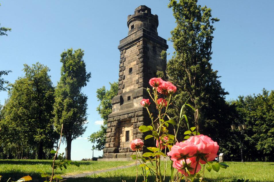 Das Gelände am Bismarckturm Neugersdorf ist ein beliebtes Ausflugsziel. Es fehlt jedoch eine öffentliche Toilette.