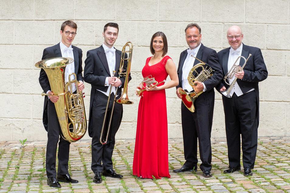 Das Ensemble Harmonic Brass verbindet bereits seit 1991 Musik aus aller Welt mit humorvollen Einlagen.