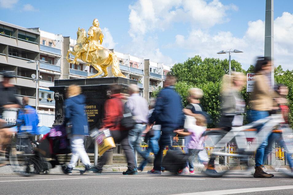 Am Neustädter Markt in Dresden trifft Moderne auf Barock. Das gesamte Ensemble steht nun unter Denkmalschutz.