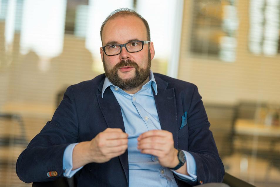 Der CDU-Politiker und Jurist Christian Piwarz (45) ist seit 2017 in Sachsen als Kultusminister für Schulen verantwortlich.