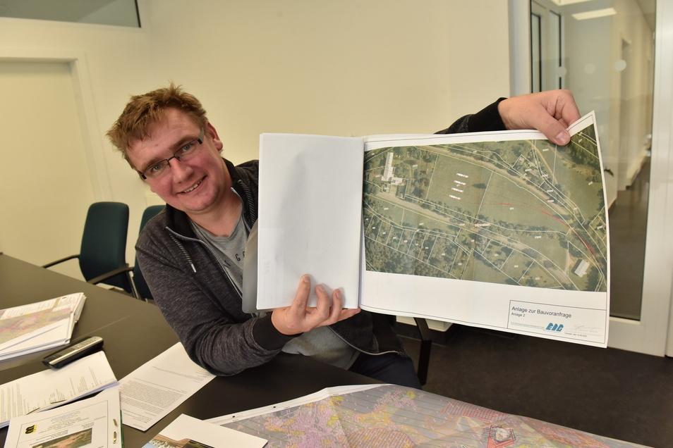 Hendrik Schwarz hat schon einmal Pläne ausarbeiten lassen für eine Bahn-Verladestation im Müglitztal nahe an seinem Steinbruch Bärenstein.