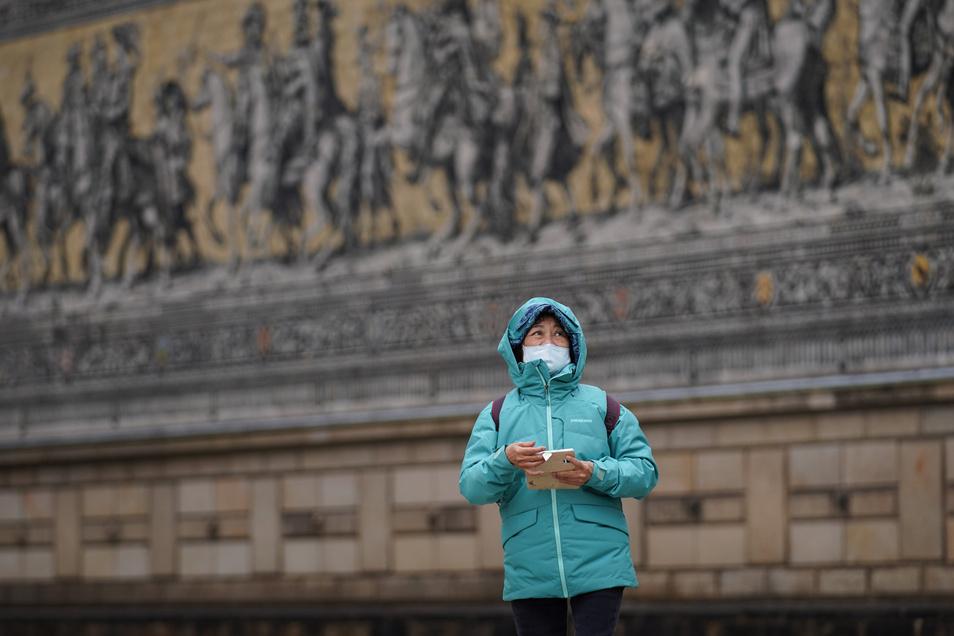 Asiatische stämmige Menschen werden in Dresden diskriminiert. Sie werden pauschal beschuldigt, das Corona-Virus in sich zu tragen.