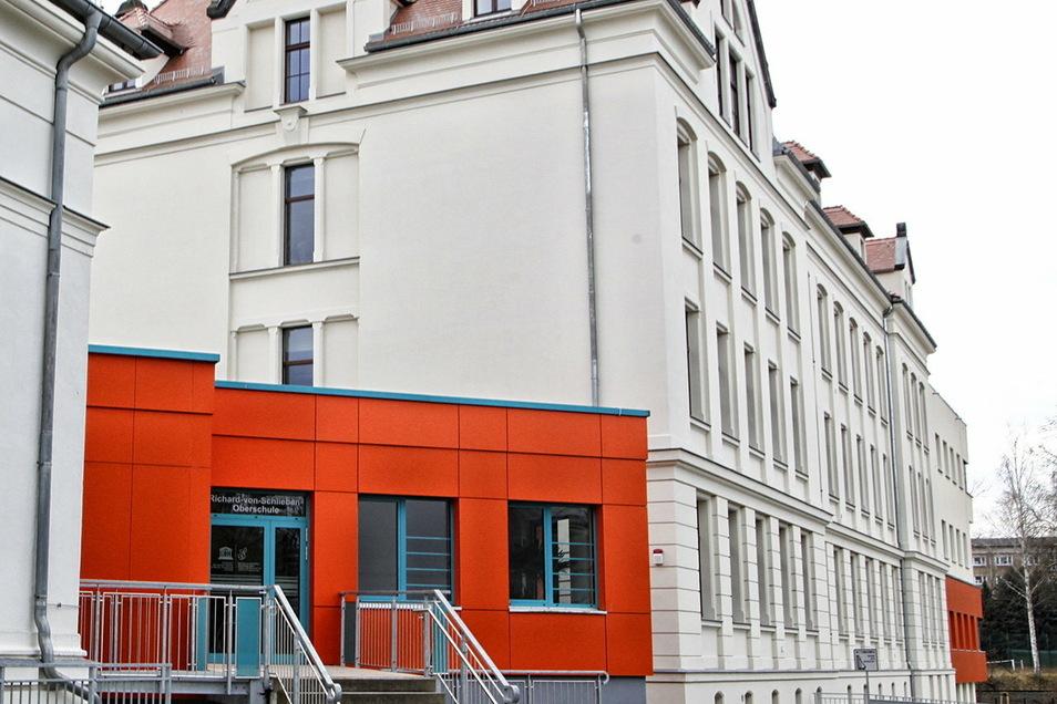 Die Sanierung diesen Teils der Schliebenschule in Zittau steht in der Kritik.