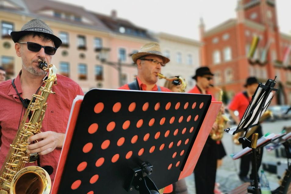 """Die Kamenzer """"Red Tower Bigband"""" wird wie im vorigen Jahr auch diesmal dabei sein, wenn anstelle des Forstfestes ein kleineres Fest in der Altstadt gefeiert wird."""