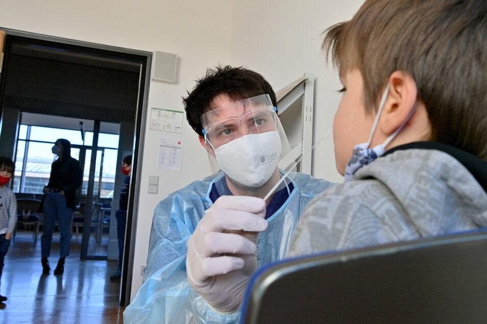 Auch Kinder sind im Kreis Görlitz wieder verstärkt vom Coronavirus betroffen.