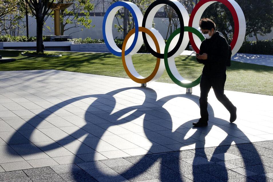 Die Olympischen Sommerspiele in Tokio finden nicht im Sommer 2020 statt. Darauf einigten sich Japans Regierung und das Internationale Olympische Komitee.