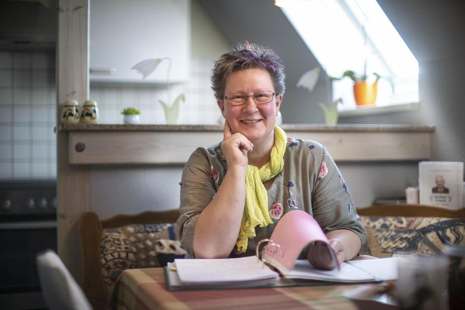 Die 48-jährige Iris Osladil tritt am Sonntag zur Bürgermeisterwahl in Stauchitz an.