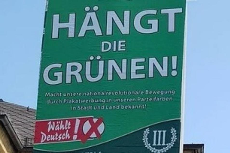 """Die rechtsextreme Splitterpartei """"III. Weg"""" darf laut einem Gerichtsbeschluss die Plakate mit dem Slogan """"Hängt die Grünen"""" in Zwickau weiter aufhängen"""