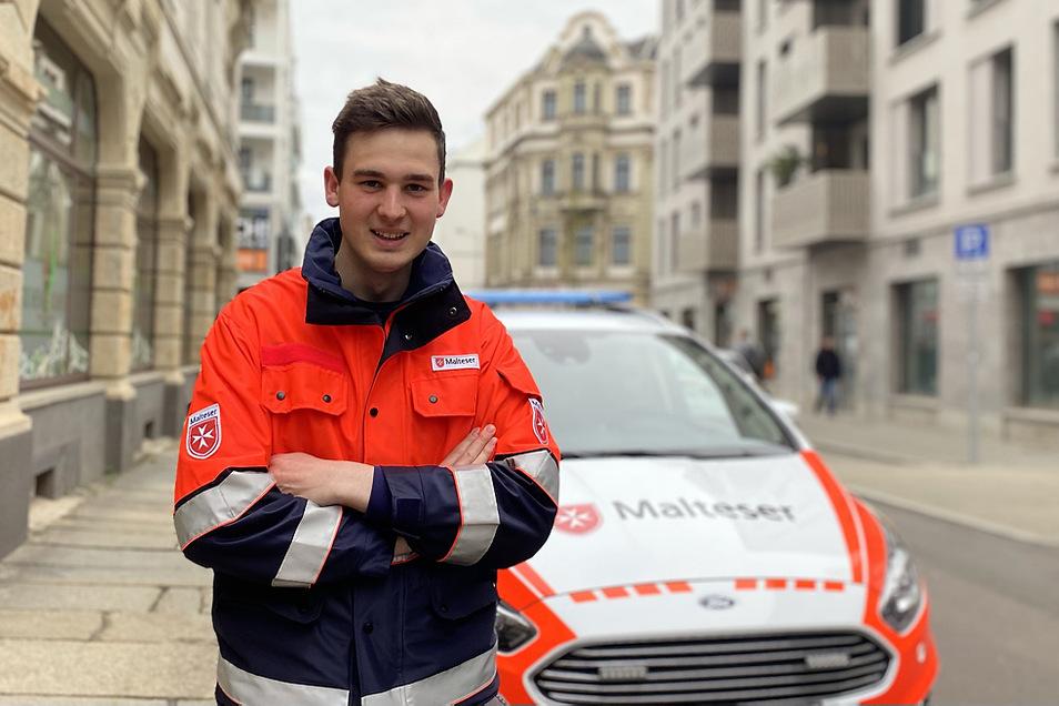 Einige Tage im Monat ist Jakob Handrick ehrenamtlich unterwegs – transportiert auch schon mal Organe.