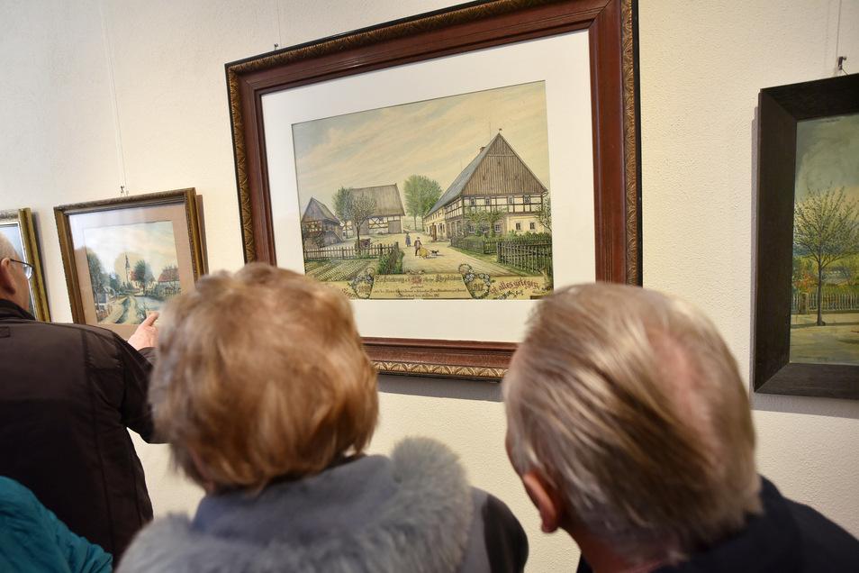 Gezeigt werden in der vom Bertsdorfer Heimatverein konzipierten Schau Aquarelle und Ölbilder von Wilhelm Fröhlich, Veit Krauß und anderen Künstlern aus der Oberlausitz, die im Zeitraum von 1880 bis 1950 tätig waren.