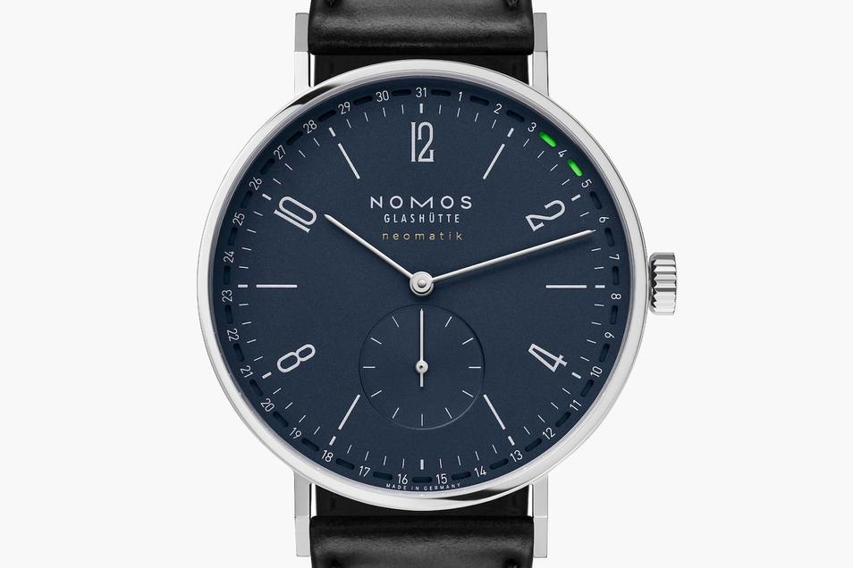 Nomos-Uhr 1: Die Tangente Neomatik 41 Update Nachtblau kostet 3.200 Euro.