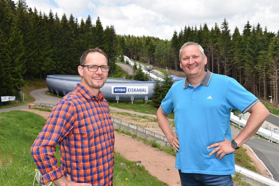 Positionswechsel am Eiskanal: Jens Morgenstern (rechts) übernimmt das Amt als Bahnchef von Matthias Benesch, der jetzt Leistungssportkoordinator im sächsischen Verband ist.