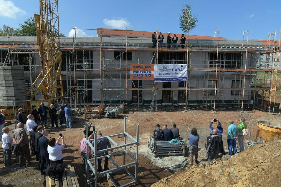 Schon fünf Monate nach dem Baustart stand im September 2019 der Rohbau.
