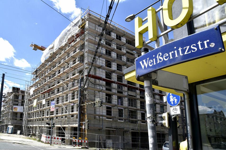 Die Friedrichstadt wird zunehmend zum beliebten Wohnviertel. An der Weißeritzstraße entstehen weitere Wohnungen, woanders werden Grünanlagen und Spielplätze gebaut.