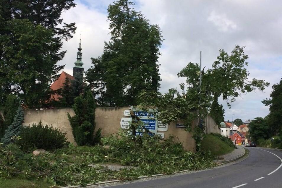 In Bretnig-Hauswalde hinterließ das Unwetter schlimme Schäden.