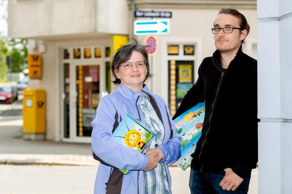 Berit und Lucien Hofeditz übernehmen die Postfiliale auf der Karl-Liebknecht-Straße in Bischofswerda und ändern Einiges am Sortiment. Briefe und Pakete können aber weiterhin abgegeben werden.