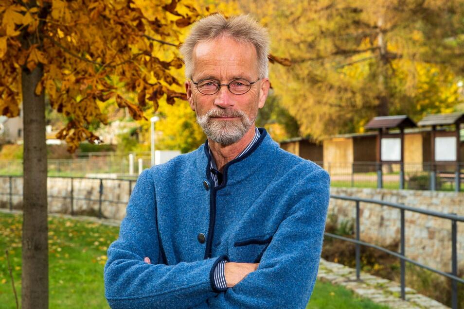 Nichts mit Lehnstuhl. Auch für die Zeit nach dem Lehrstuhl hat der Forstbotanik-Professor und Direktor des Forstbotanischen Gartens, Andreas Roloff, Pläne und Visionen.