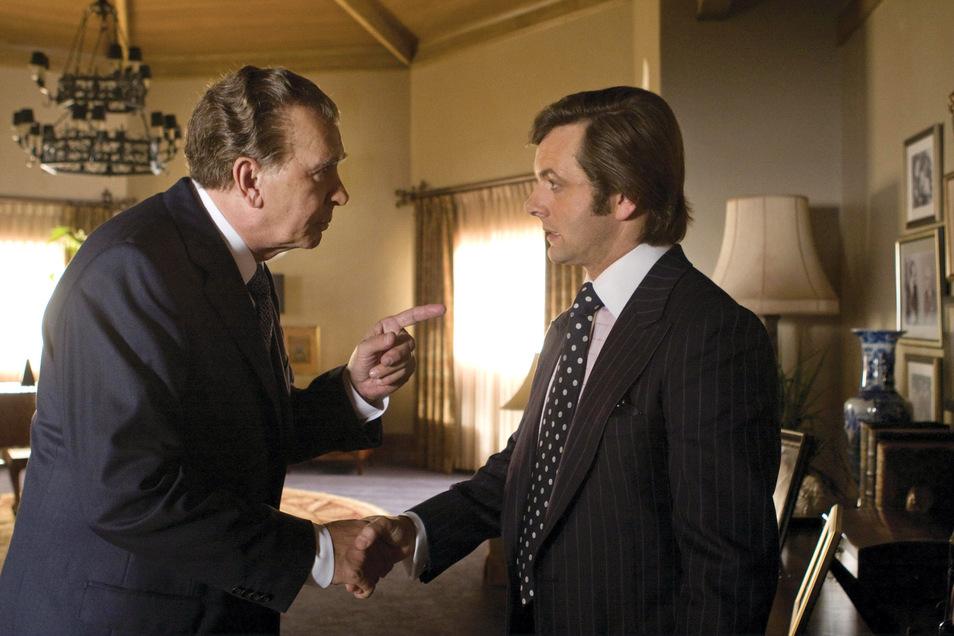 """1977 führte der Journalist David Frost mit US-Präsident Nixon ein Interview. Für Richard Nixon führte es in den Watergate-Skandal. Vor 12 Jahren wurde die Geschichte mit Michael Sheen und Frank Langella als """"Frost / Nixon"""" verfilmt."""