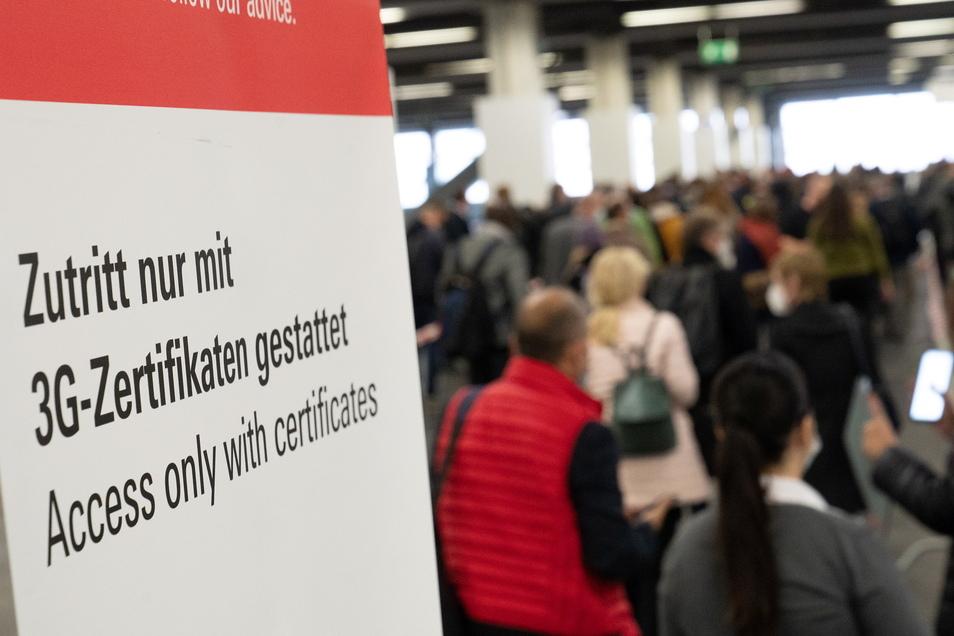 Nach der pandemiebedingten Pause 2020 darf die Frankfurter Buchmesse in diesem Jahr wieder mit Publikum stattfinden.