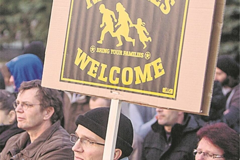 Am Leonardo versammelten sich 75 Pro-Asyl-Demonstranten.