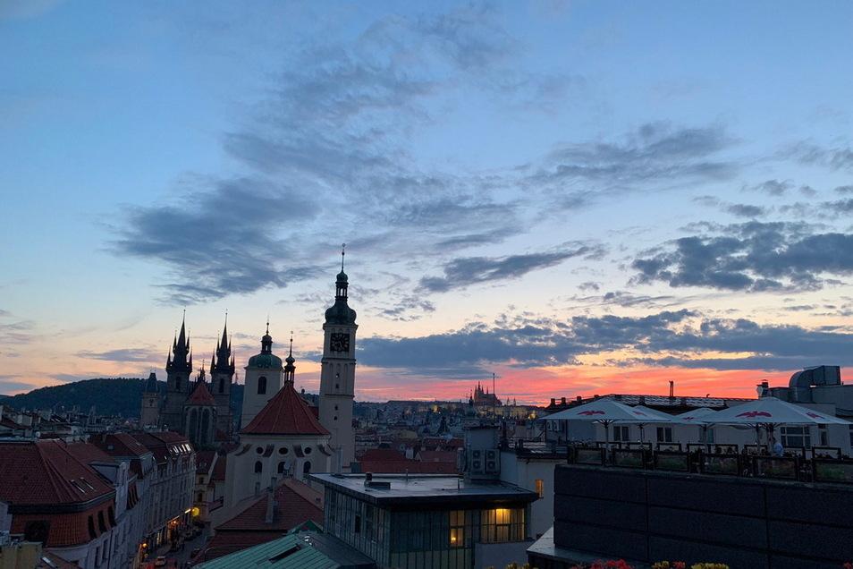 Tschechiens Hauptstadt Prag bietet auch abseits der bekannten Touristenwege neue Entdeckungen.