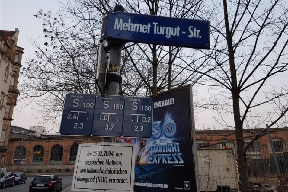 Aus der Adlergasse wurde die Mehmet Turgut Straße