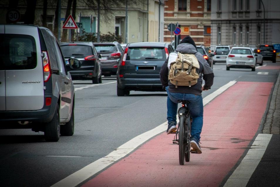 Ein Unbekannter hat in der St.-Georgen-Straße in Döbeln ein Fahrrad geklaut. Noch am gleichen Abend konnte er überführt werden.