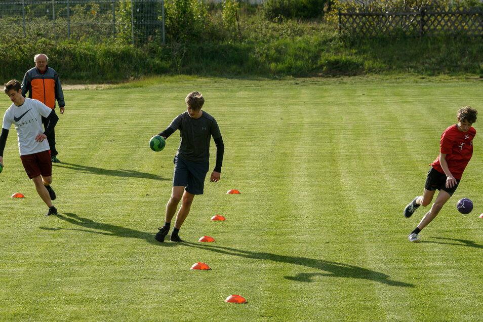 Sportler trainieren beim MSV 04 so gerade zwar nicht – aber im Hintergrund tut sich trotzdem etwas. Der Verein durfte sich über 10.000 Euro freuen und hat davon einen Anbau des Funktionsgebäudes finanziert.