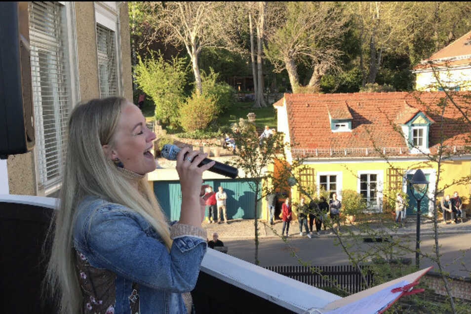 Christin Rettig erfreute mit ihren Balkonkonzerten viele Zuhörer.