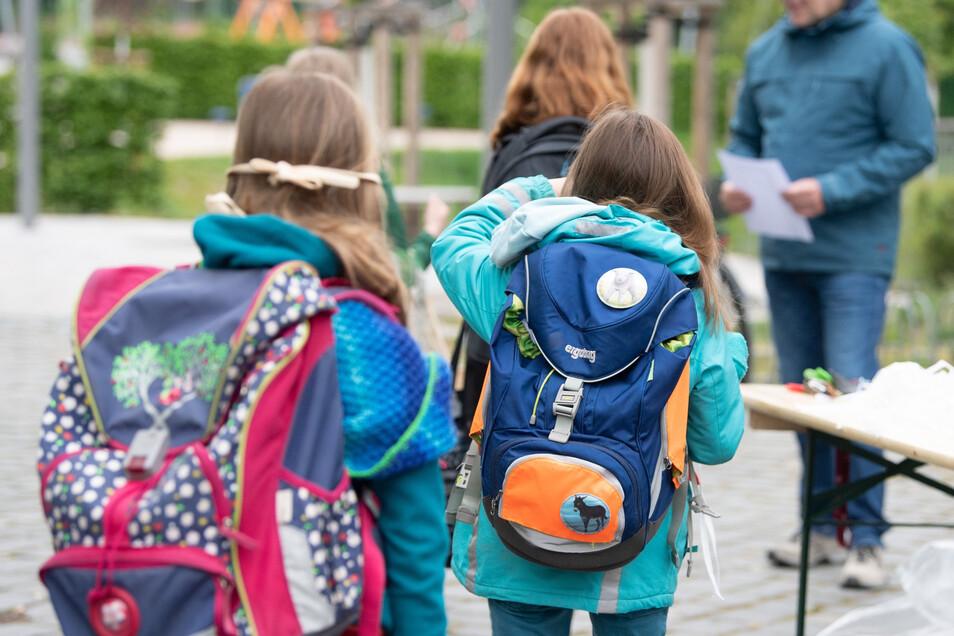 Ab dem 18. Mai soll der Betrieb in Schulen und Kitas in Sachsen unter bestimmten Corona-Regeln wieder starten.