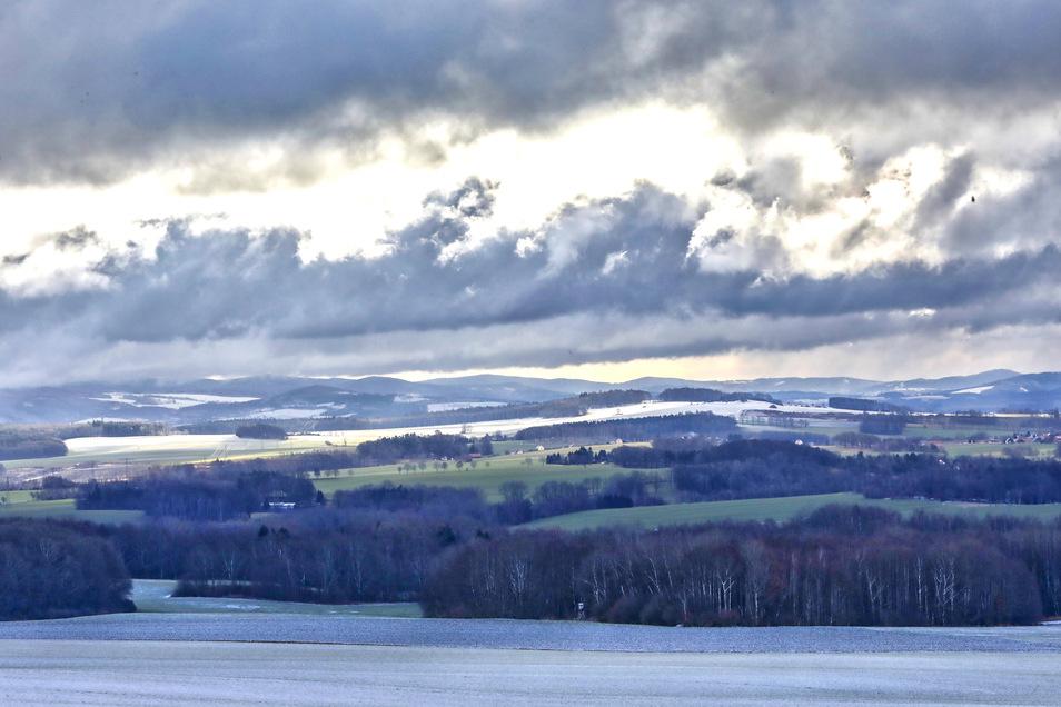 So sah der Winter in der Oberlausitz aus. Von Kottmarhüser geht der Blick in Richtung Eibau.