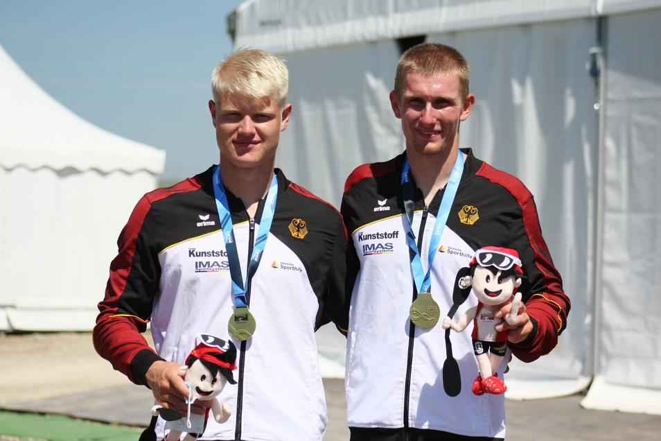 Tobias Hammer (l.) und sein Kanu-Partner Nico Paufler aus Essen sind jetzt U23-Weltmeister.