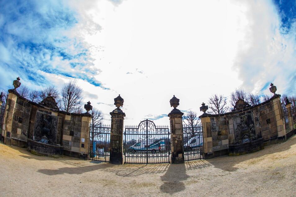 Noch ist das des Barockgartens in Großsedlitz zu, doch am 1. April soll es sich wieder öffnen.