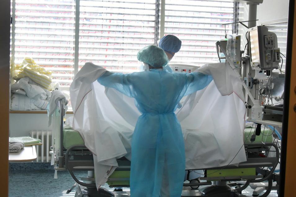 In Kliniken in Mittesachsen werden noch zwei Corona-Patienten behandelt.