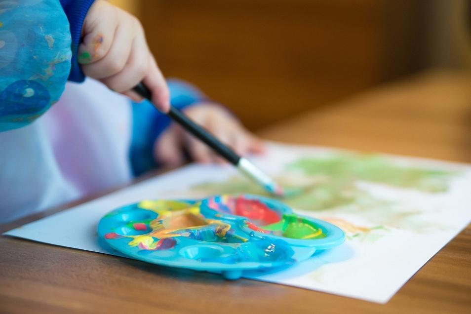 Der Nachwuchs malt wie ein Weltmeister. Was sollten Eltern mit dem Kunstwerk-Sammelsurium machen?