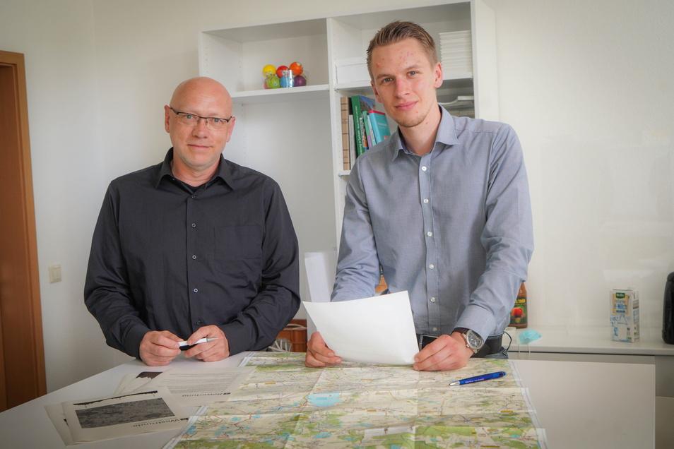 Olaf Franke (l.) und Oliver Herberg haben bis zum Jahresende vor allem hinter den Kulissen zu tun, um die geplante Strecke fürs Mountainbiken vorzubereiten.