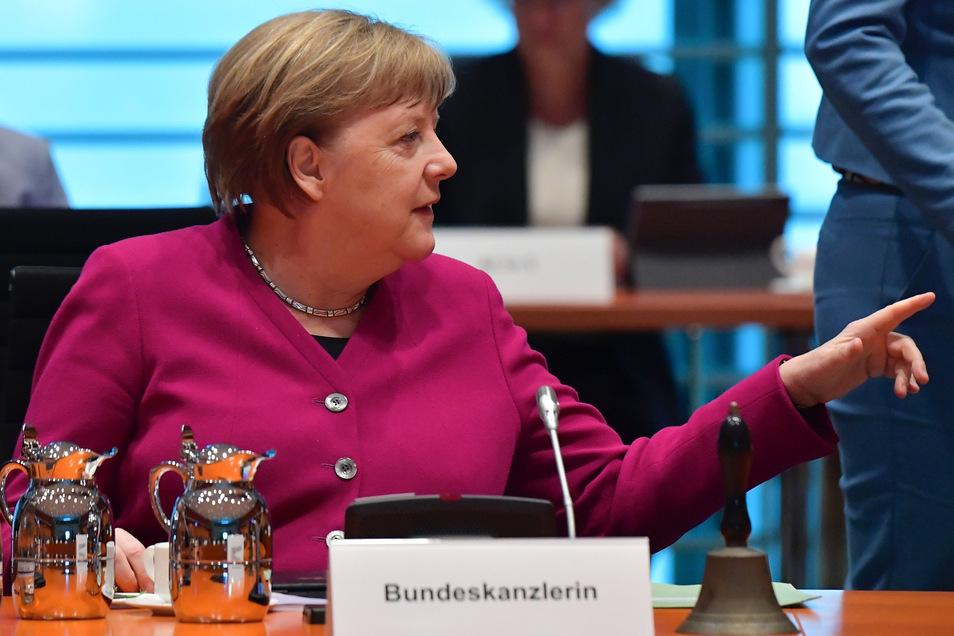 Bundeskanzlerin Angela Merkel (CDU) zu Beginn der heutigen Kabinettssitzung.