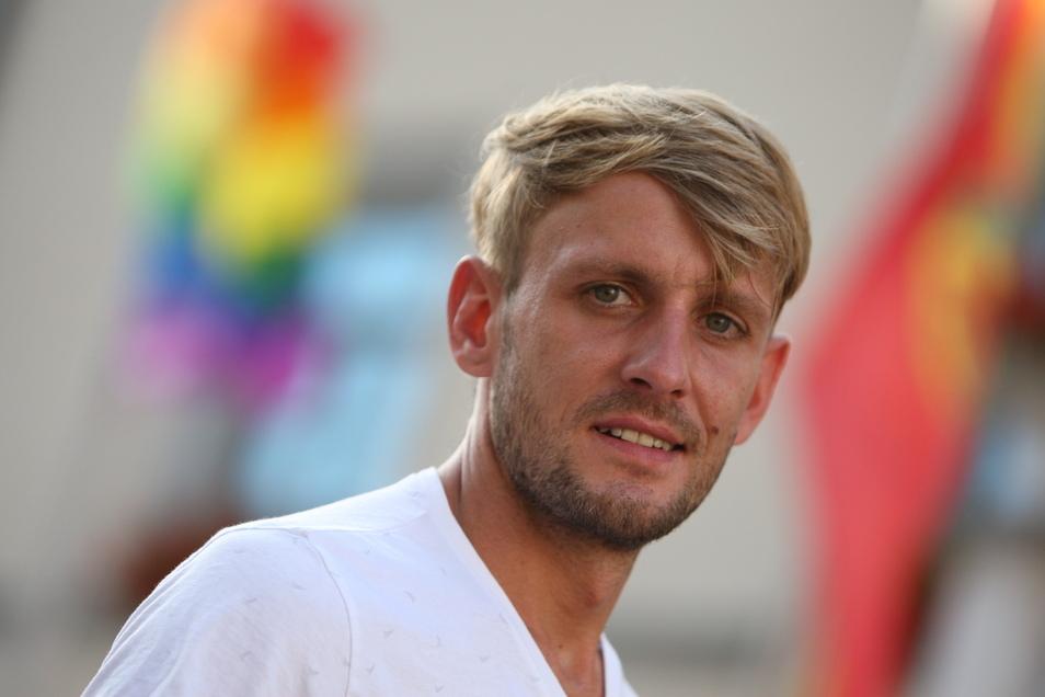 Christian Hesse ist der Vorsitzende des Vereins Christopher Street Day Pirna.
