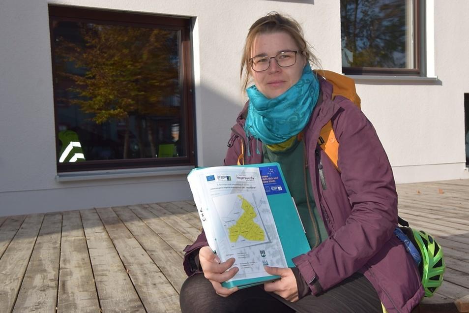 """Julia Kieschnick beschäftigt sich in den kommenden zwei Jahren mit dem Projekt """"Stadtteilanker-Bürgerwiesen"""" in Hoyerswerda."""