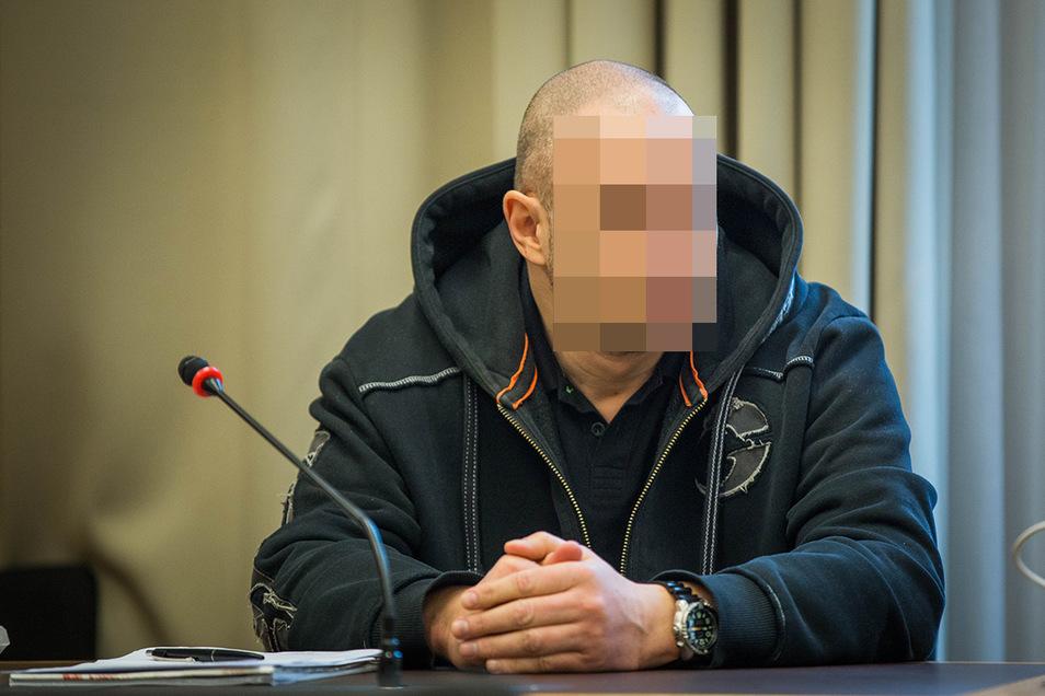 Andre G. muss sich seit Februar wegen Handels mit Crystal vor dem Landgericht Dresden verantworten. Nun hat sein Kumpel versucht, ihn zu entlasten.