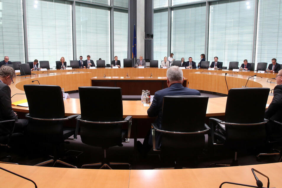 Blick ins Marie-Elisabeth-Lüders-Haus in Berlin: Hier fand am Montag eine Anhörung des Parlamentarischen Kontrollgremiums statt.