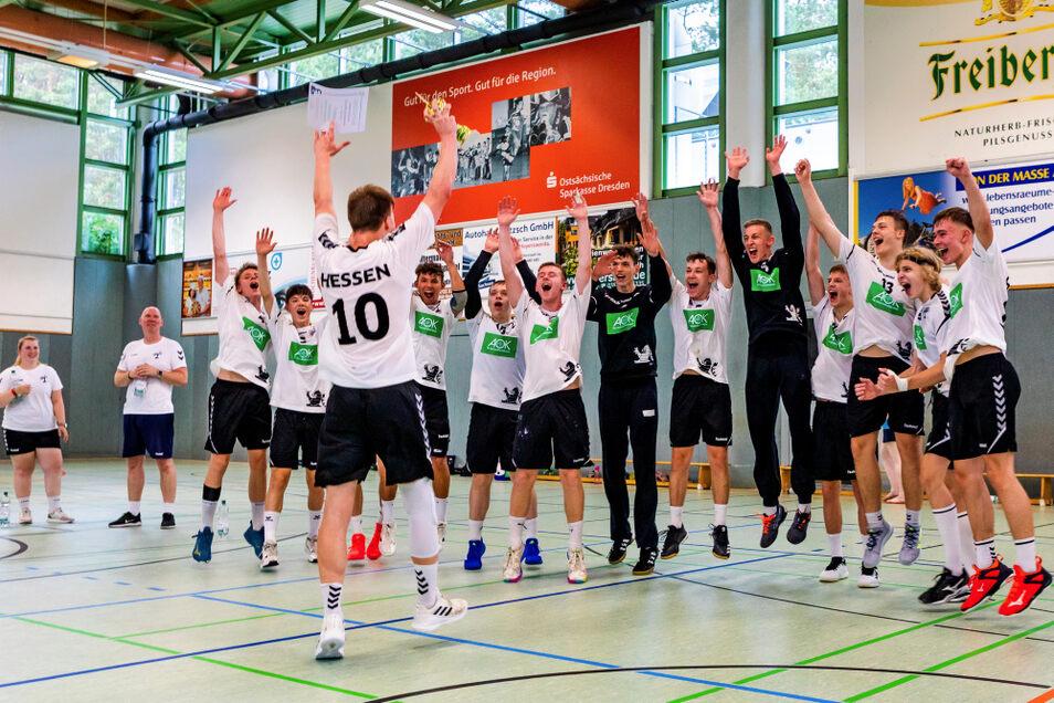 Hessen herrscht! Die B-Jugend-Landesauswahl der Jungs holte den Konrad-Zuse-Cup; verteidigte den Pokalsieg der letzten Auflage.