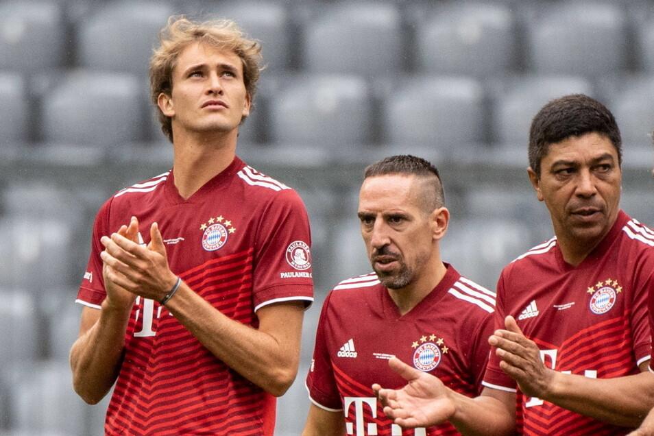 Olympiasieger Alexander Zverev beim Bayern-Legendenspiel mit Franck Ribery und Giovane Elber.