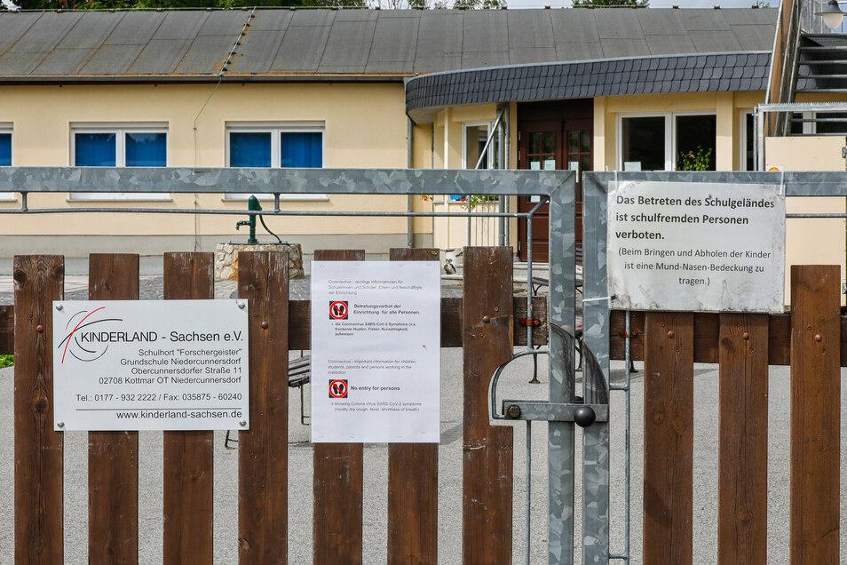 Nach einem Corona-Fall im Hort Niedercunnersdorf stehen 34 Kinder und drei Mitarbeiter unter Quarantäne.