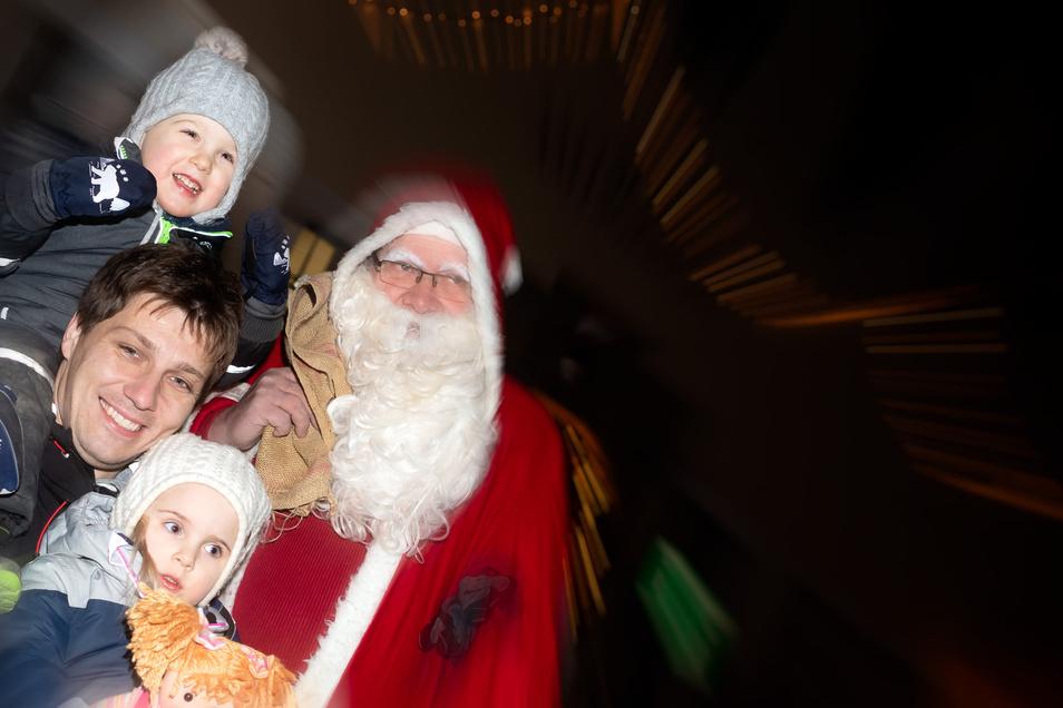 Am 1. Dezember wurde der Weihnachtsmann zunächst geweckt. Weitere Aktionen folgen.